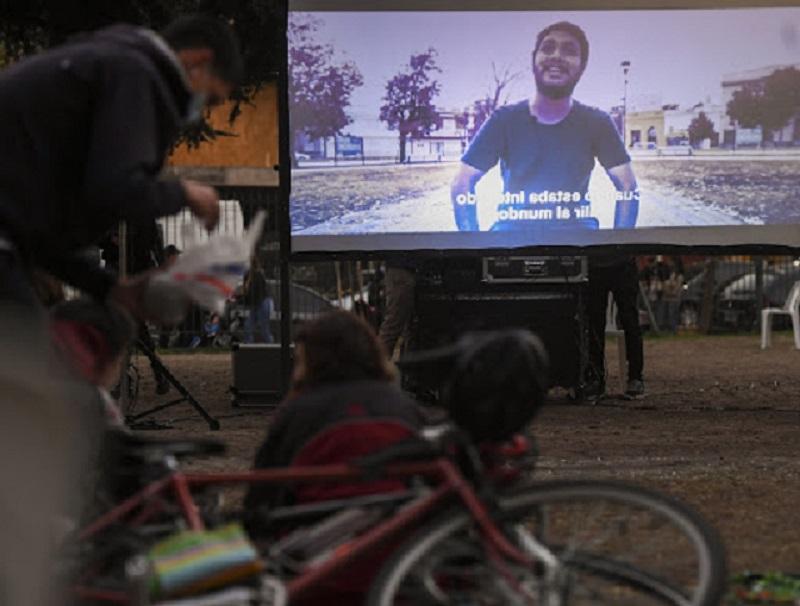 """Qué queremos hacer?"""", un documental y el grito de una generación"""